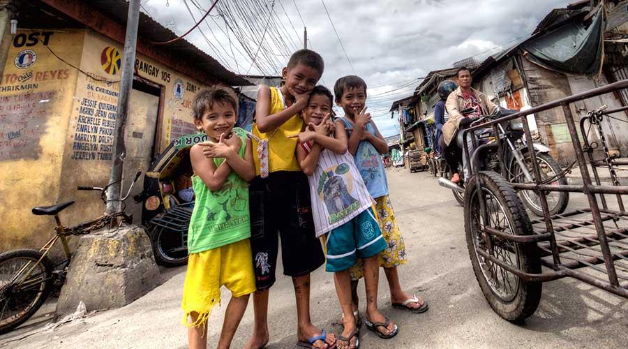 Niños-barrios-pobres