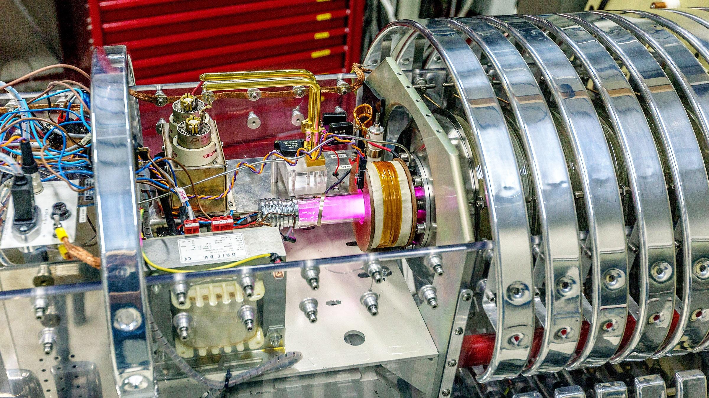 Reacción nuclear justo después del Big Bang