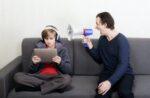 Padres digitales