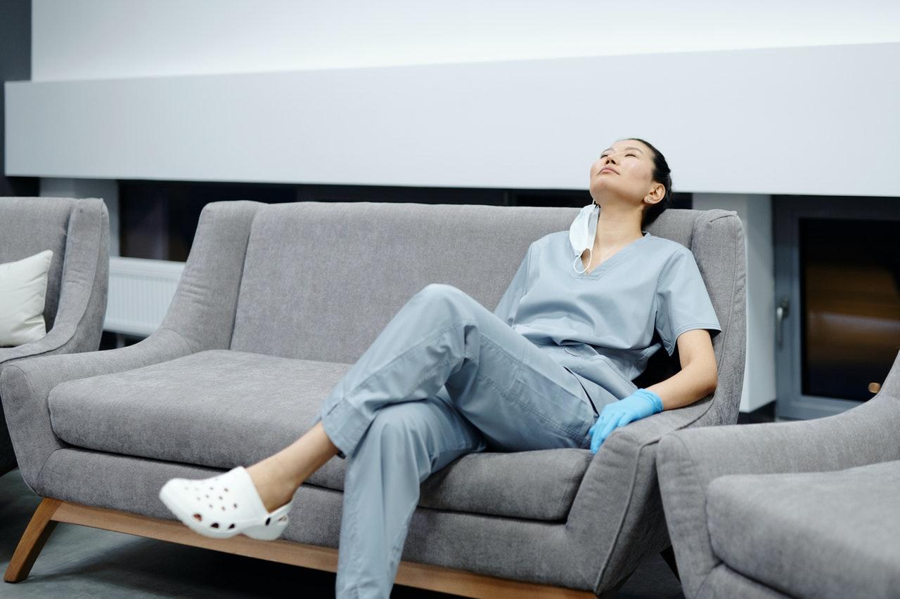 Autoestima y burnout en enfermeras