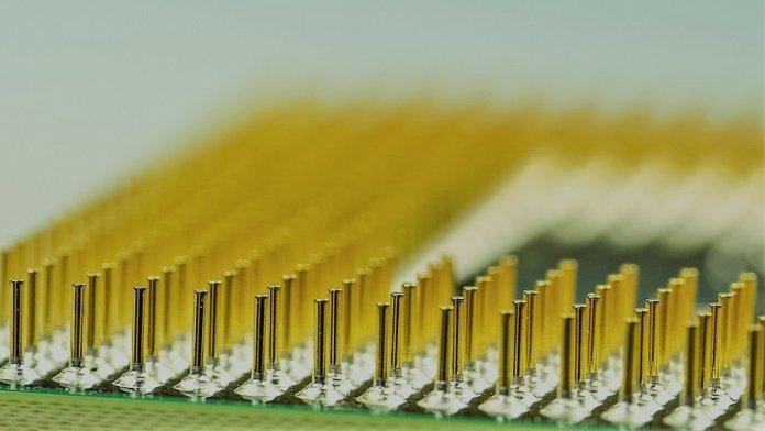 google-AI-computer-chip-696x392